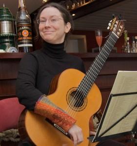Schraddel N. mit Gitarre