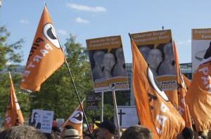 Orange dominierte die Demo