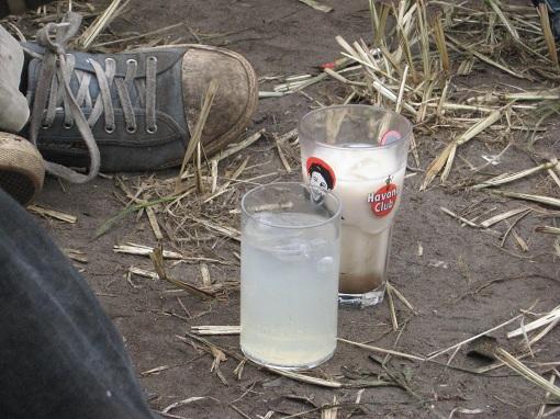 Drinks und Dreck - wilkommen beim Hurricane