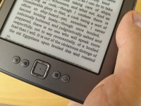 Der amazon kindle in chrjues Hand